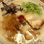 プロスパ 博多ラーメン琥家(こや)を食べた感想 細麺は替え玉が欲しくなる