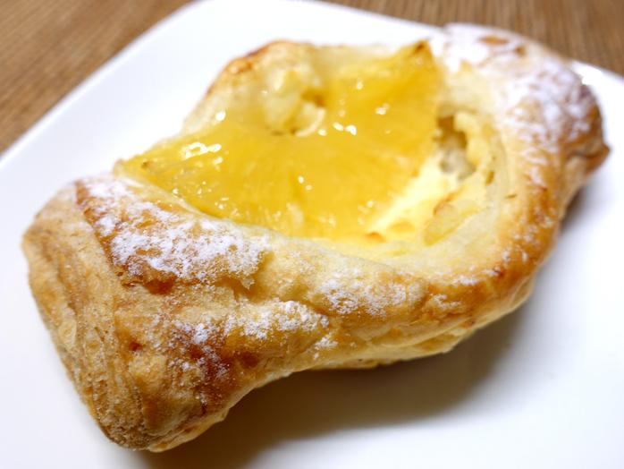 リトルマーメイドのパイン&クリームチーズ