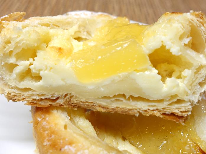 パイン&クリームチーズの断面図