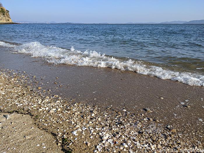 三郎自然海岸の波